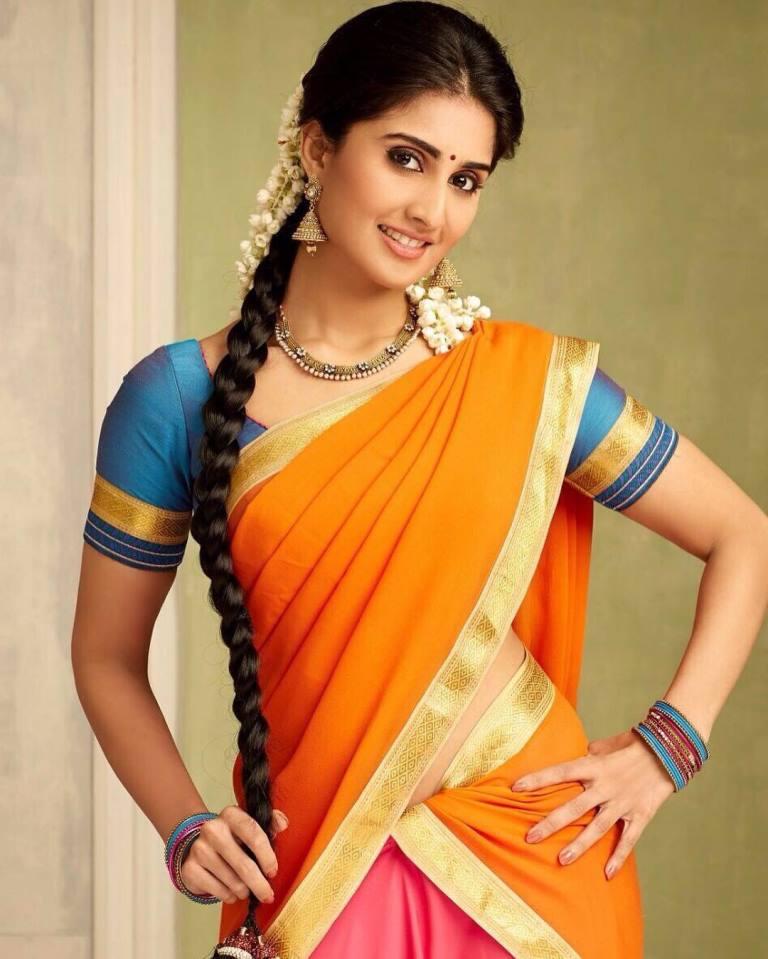 Shamili actress