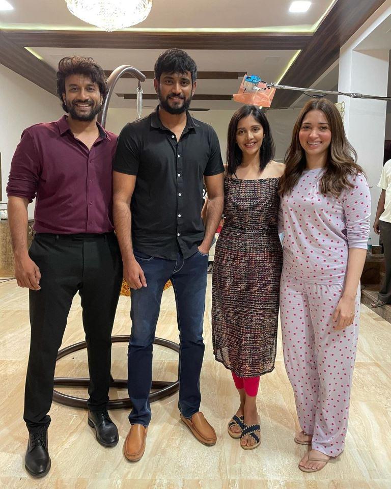 Tamannaah Bhatia with friends