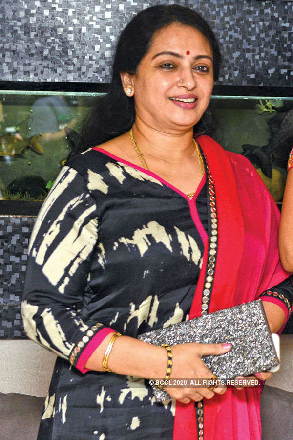 Seetha (Actress) Age, Daughters, Son, Family, Photos, images, Biography, Movies