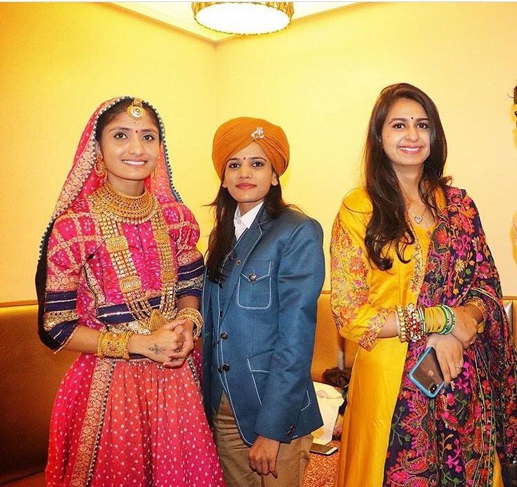 Rajal Barot with gita rabari and Kinal Dave
