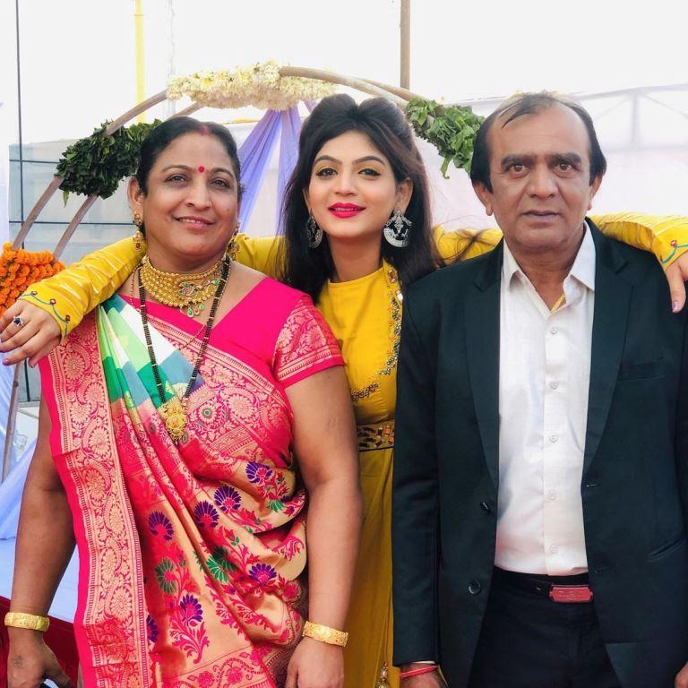 Twinkal Patel family