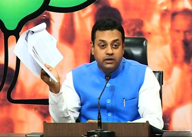 Sambit Patra Wife, Family, Photos, Net Worth, Height, Age, Date of Birth, Girlfriend, Biography