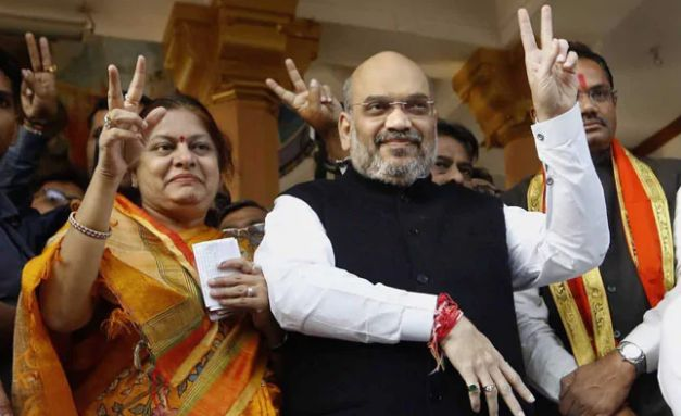 Sonal Shah (Amit Shah's Wife) husband, Photos, Net Worth, Height, Age, Date of Birth, Family, Boyfriend, Biography