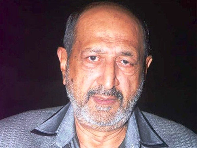 Tinnu Anand Wife, Photos, Net Worth, Height, Age, Date of Birth, Family, Girlfriend, Biography