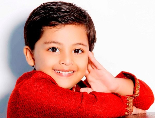 Vansh Maheshwari Photos, Net Worth, Height, Age, Date of Birth, Family, Girlfriend, Biography