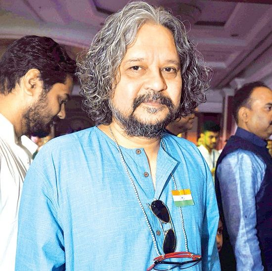 Amole Gupte Wife, Family, Photos, Net Worth, Height, Age, Date of Birth, Girlfriend, Biography