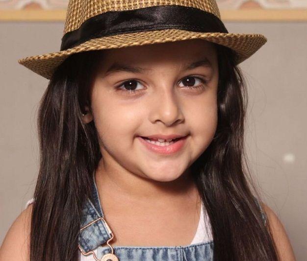 Shivika Rishi (Child Artist) Photos, Net Worth, Height, Age, Date of Birth, Family, Biography