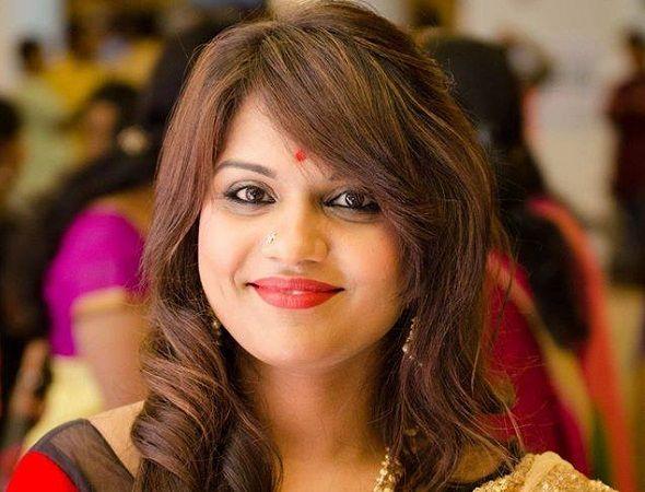 Kathi Karthika husband, Photos, Net Worth, Height, Age, Date of Birth, Family, Boyfriend, Biography