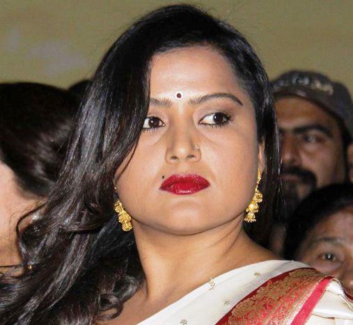 Rekha Thapa (Actress) Family, Photos, Net Worth, Height, Age, Date of Birth, husband, Boyfriend, Biography