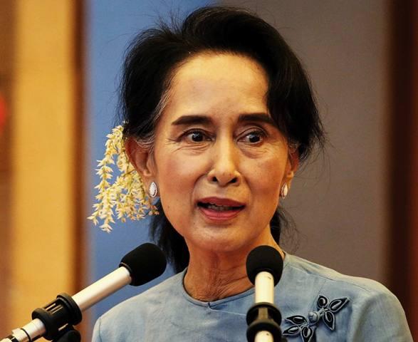 Aung San Suu Kyi Family, Photos, Net Worth, Height, Age, Date of Birth, husband, Boyfriend, Biography