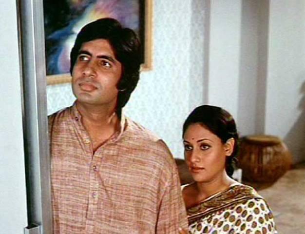 गुड्डी में जया बच्चन के साथ अमिताभ बच्चन