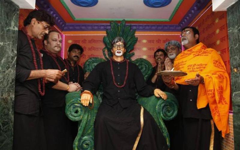 तिलजला, कोलकाता में अमिताभ बच्चन का मंदिर