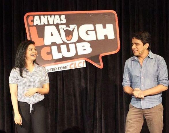 अंकिता श्रीवास्तव कैनवस लाफ क्लब में परफॉर्म कर रही हैं