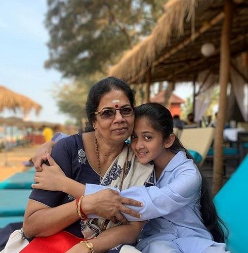 Archana Chandhoke's Mother and Daughter