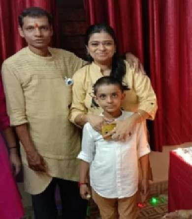 Bhushan Kadu with his wife and son