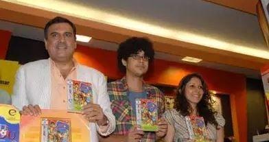 2009 में लैंडमार्क, मुंबई में फिल्म 'लिटिल ज़िज़ो' के डीवीडी लॉन्च पर बोमन ईरानी (बाएं) और इमाद शाह (सी)