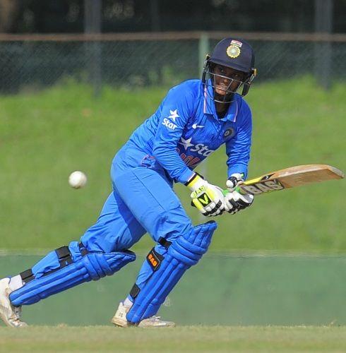 Deepti Sharma batting