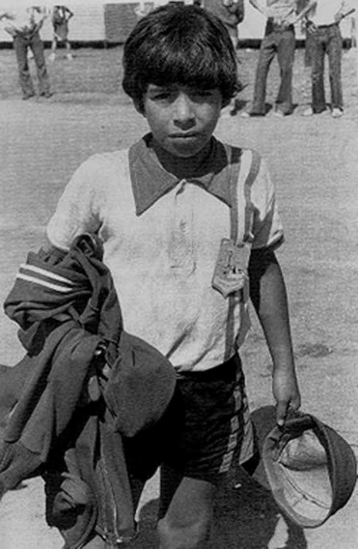 बचपन में डिएगो माराडोना