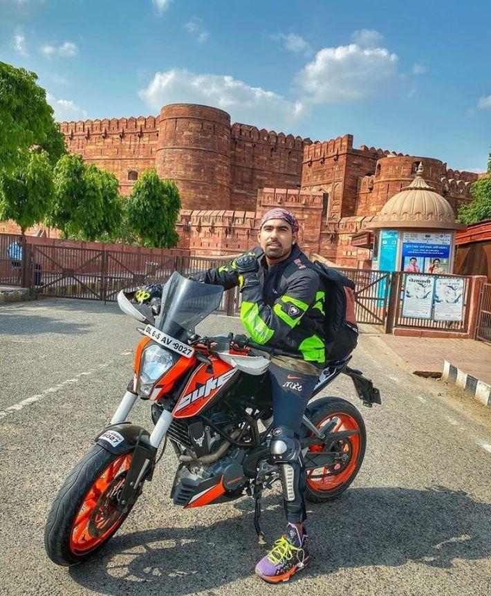Gaurav Sharma on his KTM Duke