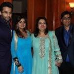Jackky Bhagnani with his family