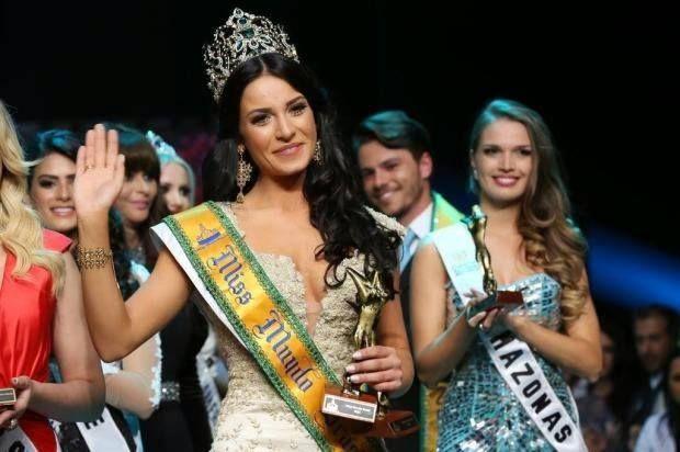 जूलिया गामा मिस ब्राजील मुंडो 2014 के रूप में