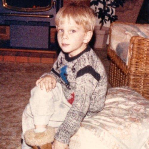 कार्ल रॉक की बचपन की तस्वीर