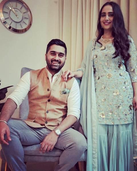 Kusha Kapila and her husband