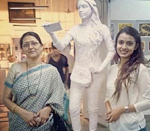 Mayuri Deshmukh with her Mother