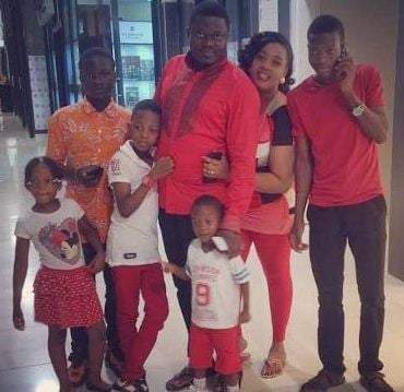 Muyiwa Ademola with his family