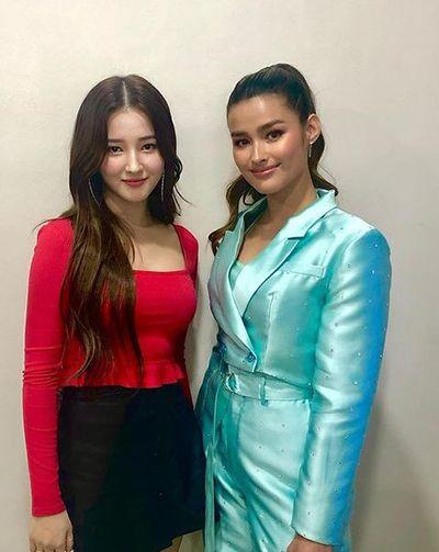 लिज़ा सोबेरानो के साथ नैन्सी