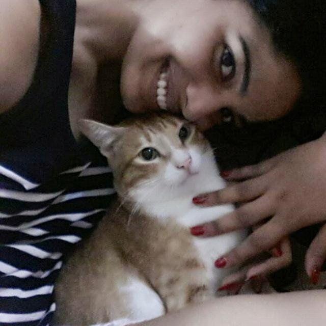 Pooja Sawant with her pet cat