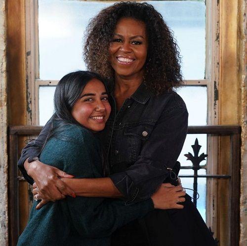 मिशेल ओबामा के साथ प्राजक्ता कोली