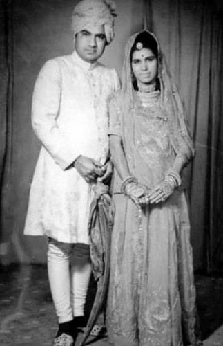 Rajnigandha Shekhawat's parents