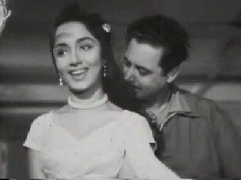 फिल्म पिकनिक के एक गाने में गुरु दत्त के साथ साधना
