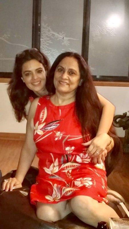 Shweta Agarwal with her mother Nilu Agarwal