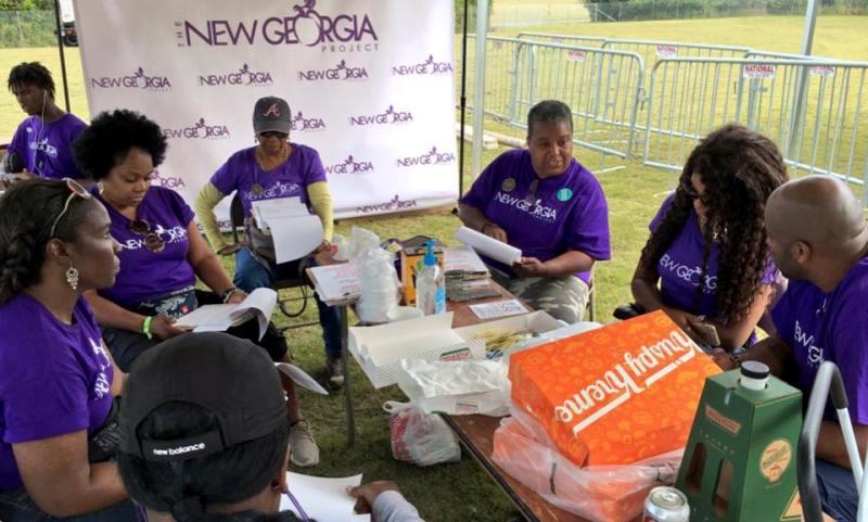 स्टेसी अब्राम्स न्यू जॉर्जिया प्रोजेक्ट के कर्मचारी