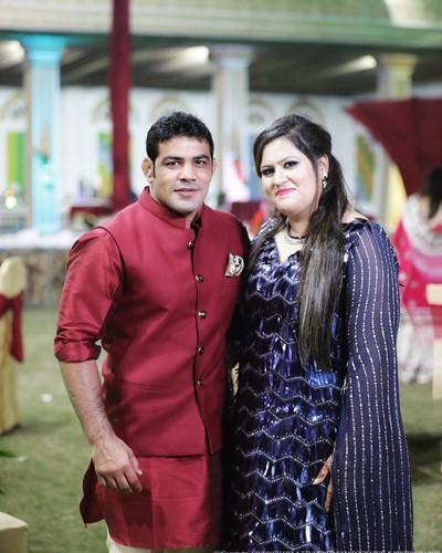 Sushil Kumar with his wife, Savi Kumar