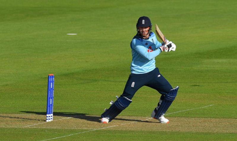 टॉम बैंटन इंग्लैंड वनडे टीम के लिए खेल रहे हैं