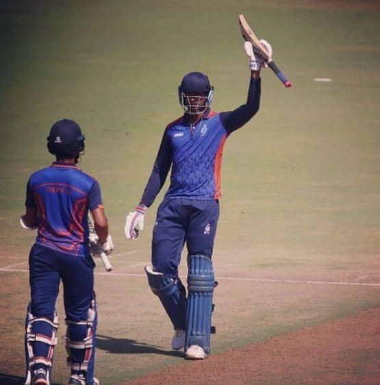 विजय हजारे ट्रॉफी में पंजाब के खिलाफ लिस्ट-ए मैच के दौरान वेंकटेश अय्यर